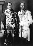 Императоры Николай II и его брат Георг V, тот самый который отказался и не принял семью Николая во время революционных беспорядков