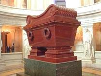 Саркофаг Наполеона в доме ветеранов