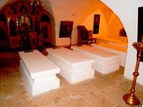Суздальский Покровский монастырь, усыпальница 02