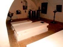 Суздальский Покровский монастырь, усыпальница 03