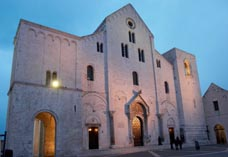 Базилика Святого Николая в Бари, Италия
