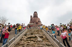 Гуаньинь - богиня милосердия в буддизме в Фошане