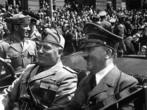 Бенито Муссолини и Адольф Гитлер